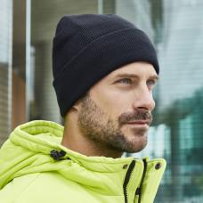 Классическая зимняя шапка с отворотом